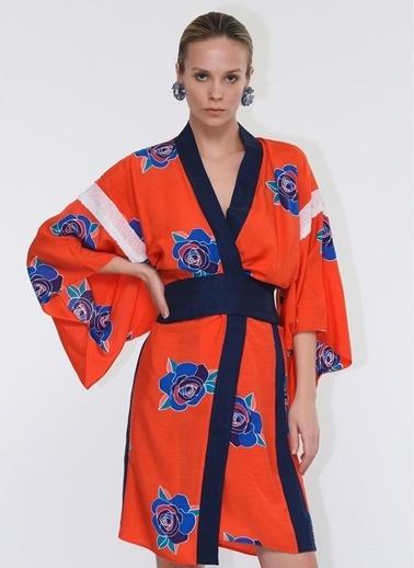 Tuba Ergin Tuba Ergin Desenli Payet Detaylı Coral Kadın Kimono Oranj
